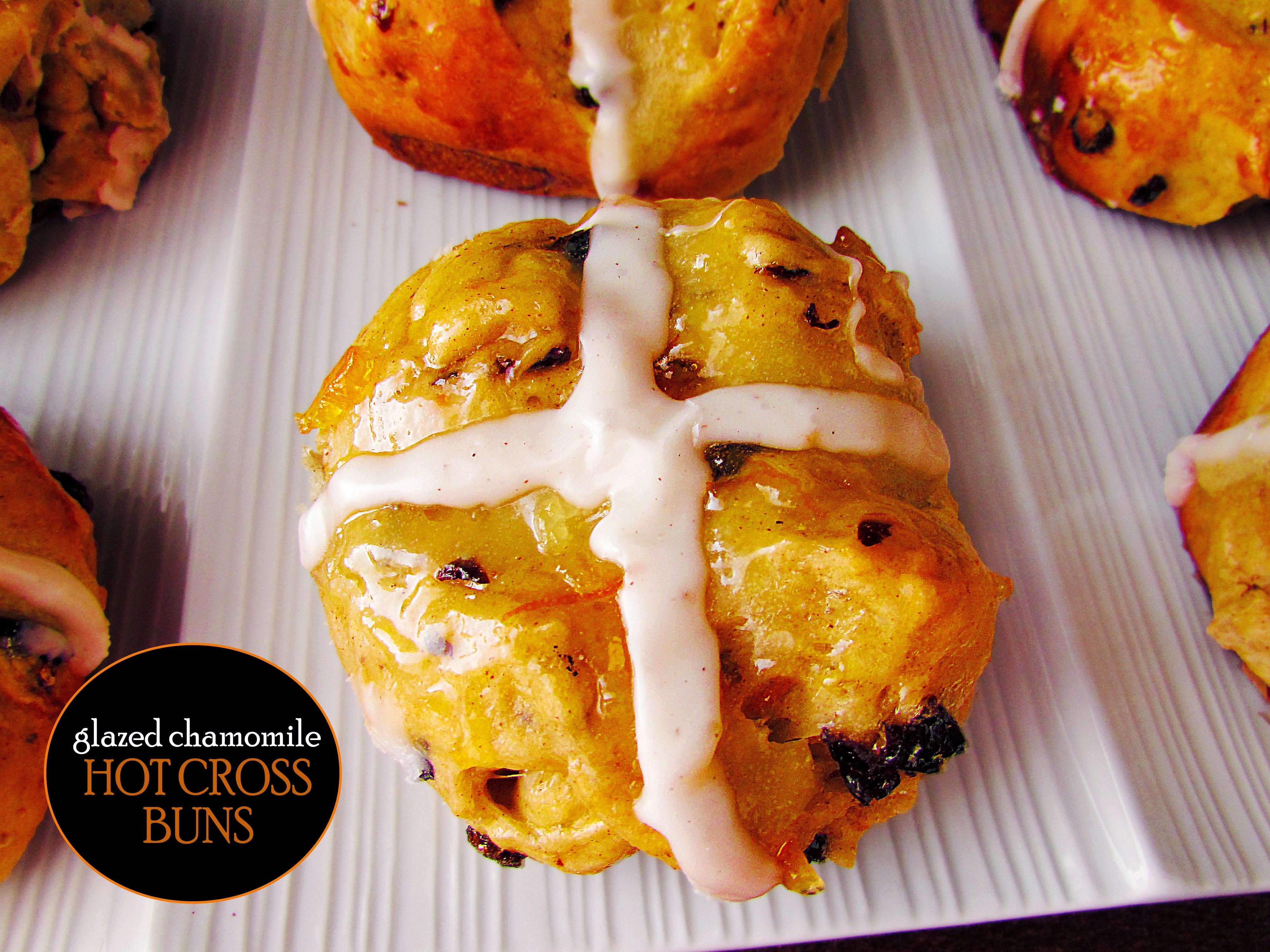 Chamomile Glazed Hot Cross Buns2